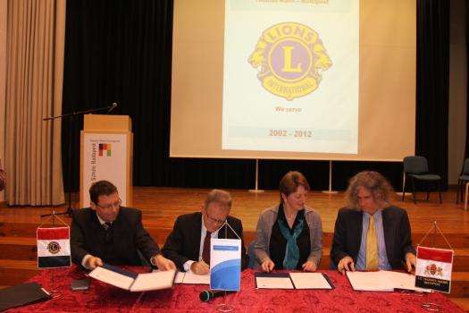 Unterzeichnung des Kooperationsvertrages
